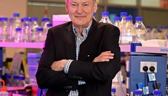 Professor Eric Reynolds